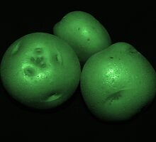 potato trio: green by dedmanshootn