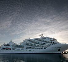 Siver Spirit - Geelong by Hans Kawitzki