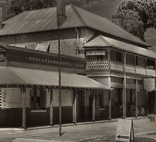 Rose & Crown Gostly Past by HG. QualityPhotography