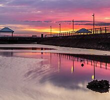 Pink Dawn - Wynnum Qld Australia by Beth  Wode