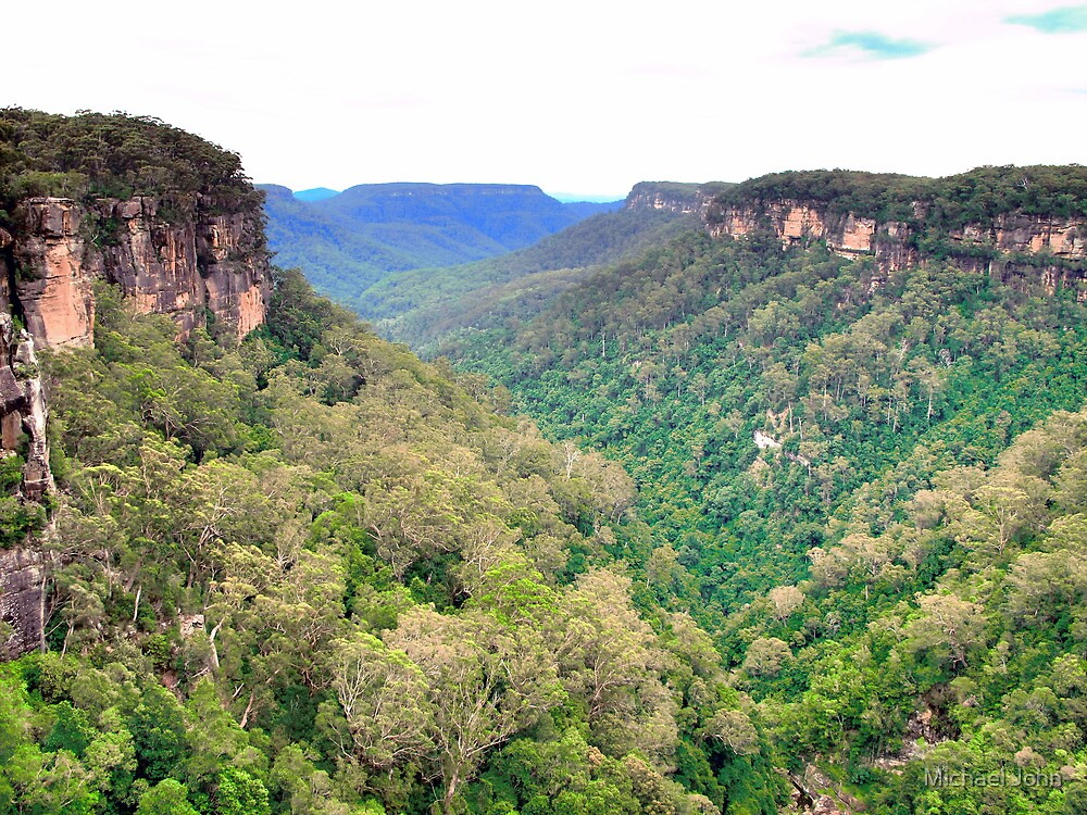 Kangaroo Valley by Michael John