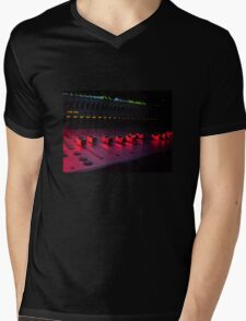 Red Faders Mens V-Neck T-Shirt