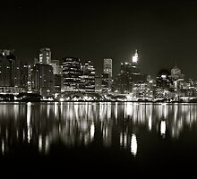 Harbour Monocrome by donnnnnny