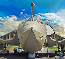Handley-Page Victor K2 Lusty Lindy by Robert Gipson