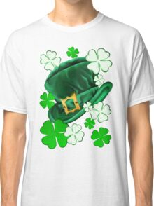 Irish Hat and Shamrocks  Classic T-Shirt