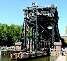 The Anderton Boat Lift. by Roy  Massicks