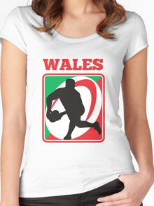 rugby player running passing ball wales Women's Fitted Scoop T-Shirt