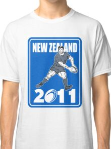 rugby player passing ball New Zealand 2011 Classic T-Shirt