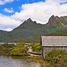 Cradle Mountain and Boathouse by bevanimage
