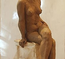 Tracy seated2 by lawrencew