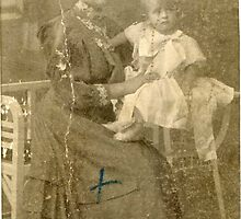 My great - grandmother Ró?a ( Rose ) - 1908 . Russian Empire . by Brown Sugar . F* . Views (397) . Favs (6).  has been FEATURED in My wonderful memories/Moje wspania?e wspomnienia.Yeah !!! Thanks. by © Andrzej Goszcz,M.D. Ph.D