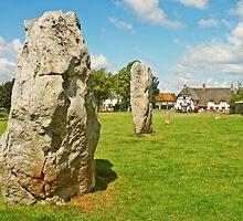 Avebury  by hootonles