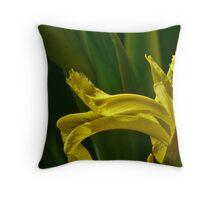 Jap iris art Throw Pillow