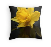 Daffodil head Throw Pillow