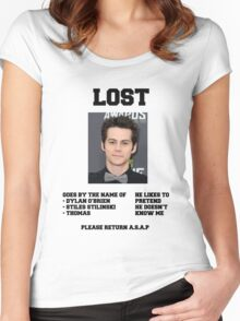 LOST POSTER - DYLAN O'BRIEN Women's Fitted Scoop T-Shirt