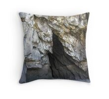 Cave walls - Muriwai Beach Throw Pillow