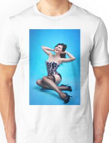 Retro Pin up Girl  Unisex T-Shirt