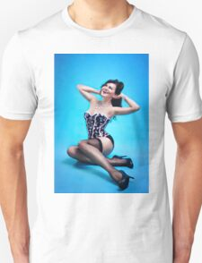 Retro Pin up Girl  T-Shirt