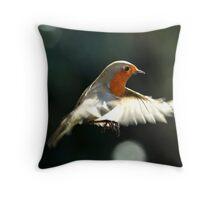Robin in flight Throw Pillow