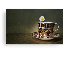 daisy cup.. Canvas Print