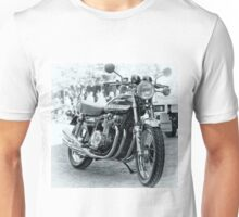 Kawasaki Z900 motor ccle Unisex T-Shirt