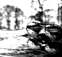 Shades of black and white by trippledub