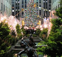 Rockefeller Center by Rebecca Lee Photography