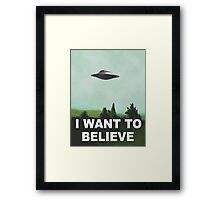 I want to believe (green) Framed Print