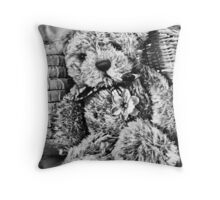 daffy ted Throw Pillow
