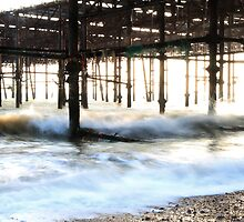 Crashing waves against the pier by jimclark