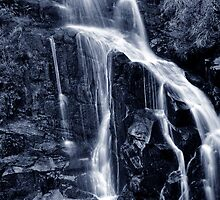 Gibraltar Falls  by Bluesoul Photography