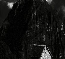 La casa del vigilante II by Constanza Caiceo