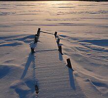 Winter sunset II by zumi