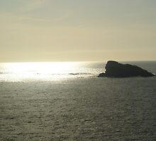 descente du soleil sur le rocher dulion by seccotine