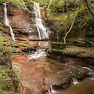Waterfall  by flashcompact