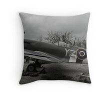 Yankee Zulu Yankee Throw Pillow