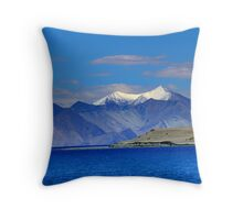Heavenly abode Throw Pillow