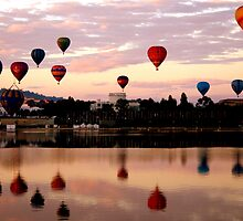 2011 Canberra Balloon Festival by Melanie Roberts