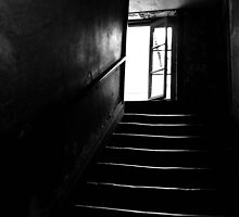 Light at top of stairs Lyon by ragman