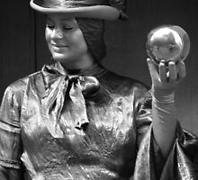 Silver Lady by vixteruk