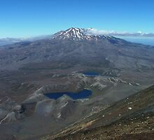 The volcano Ruapehu from the summit of Ngauruhoe by orkology
