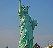 Statue of Liberty at Colmar  by roumen