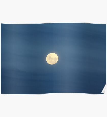 Super Moon (Perigee Moon) - 19th March 2011 Poster