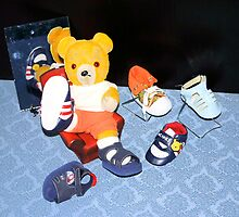 Fred Bear Shops for Shoes by missmoneypenny