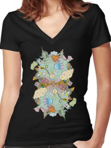 Puffer Puffing On A Water Pipe Women's Fitted V-Neck T-Shirt