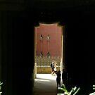 Through the pillars at Parc Güell by contradirony