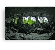 TRADERS CAVE Canvas Print