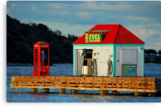 The fuel dock by Leon Heyns