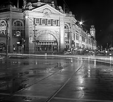 Flinders Street Station - Melbourne by Timo Balk