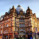 Leeds City Markets (Kirkgate) by Sandra Cockayne